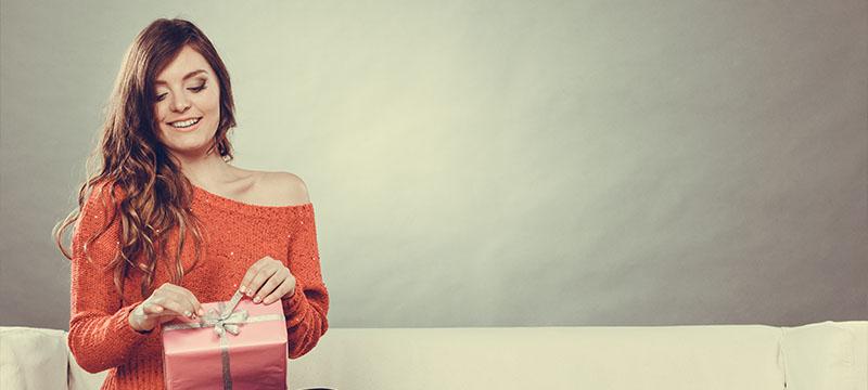 10 Housewarming Gifts that Take No Warming Up To