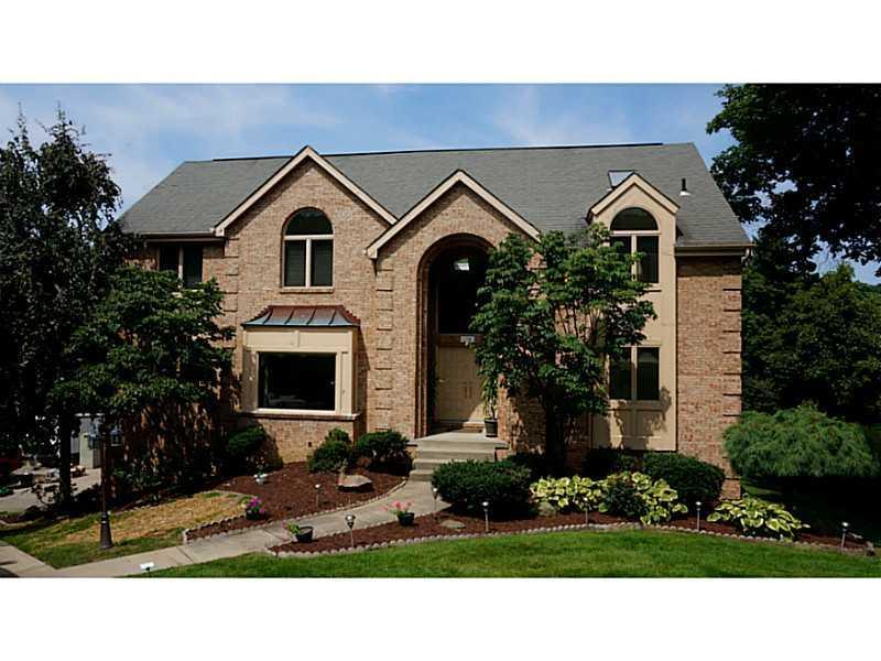 120  THOUSAND OAKS DRIVE , Upper St. Clair