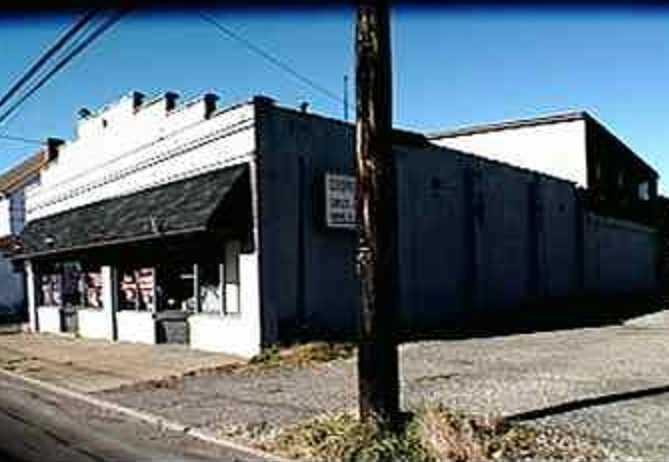 911  Freeport Road, Harmar