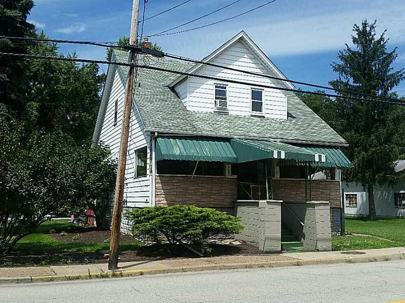 1707  Penn Avenue, Jeannette
