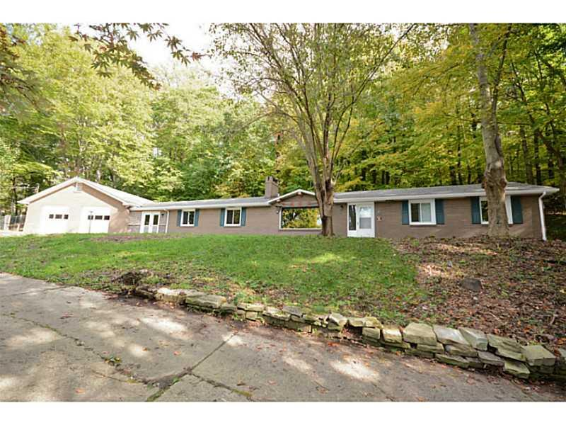 1181  Reissing Road, Cecil Township