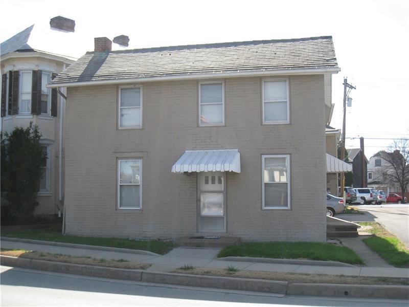 411/411 1/2 Main Street