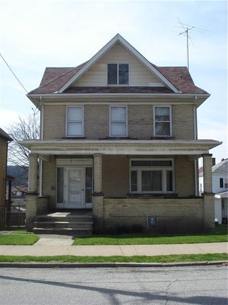 1115 Victoria Avenue