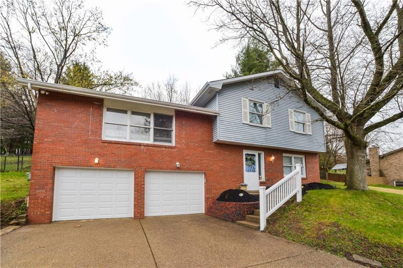 130 W Edgewood Drive, Peters Township