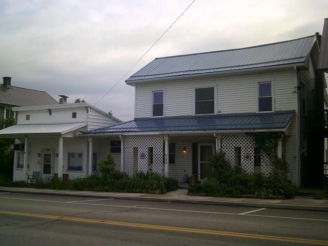 1604 Pitt Street