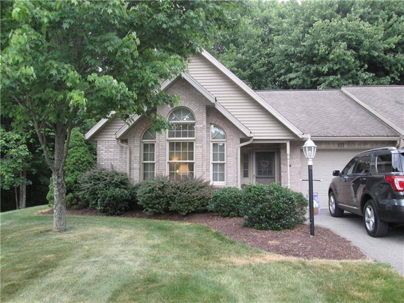 101  Windy Drive, Center Township