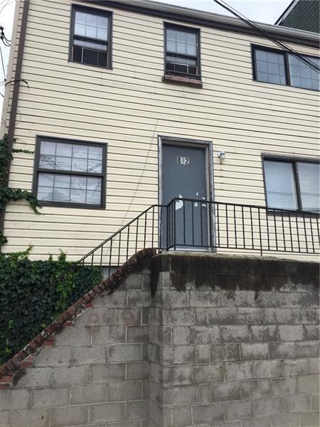 842 Phineas Street