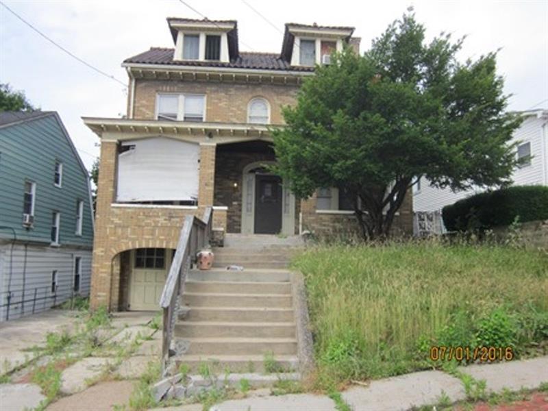 131 Jamaica Ave