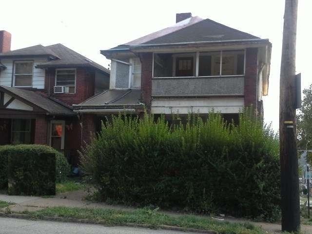 2400 Braddock Ave