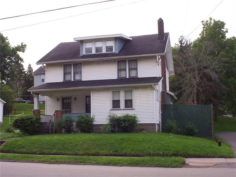 827 W Ridge Avenue