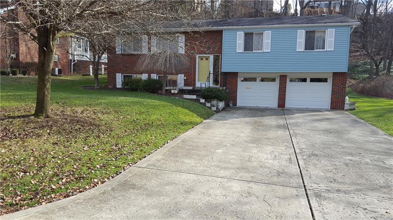 1323 Corkwood Drive, Monroeville