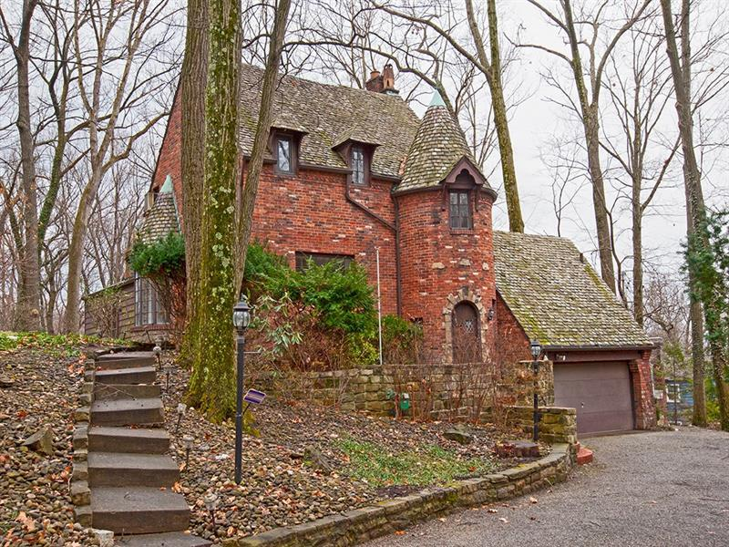 620 W Waldheim, Fox Chapel