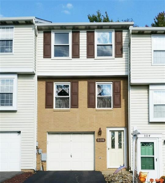 506  Lexington Drive, Hopewell Township
