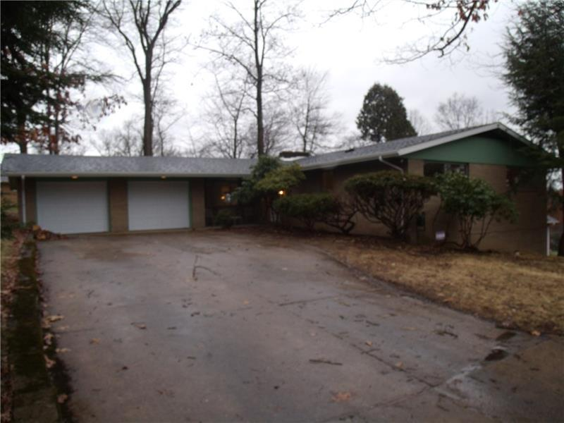 115 Greenhill Dr