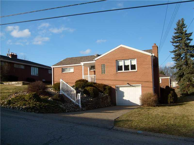 216-Sunset-Drive-White-Oak-PA-15131