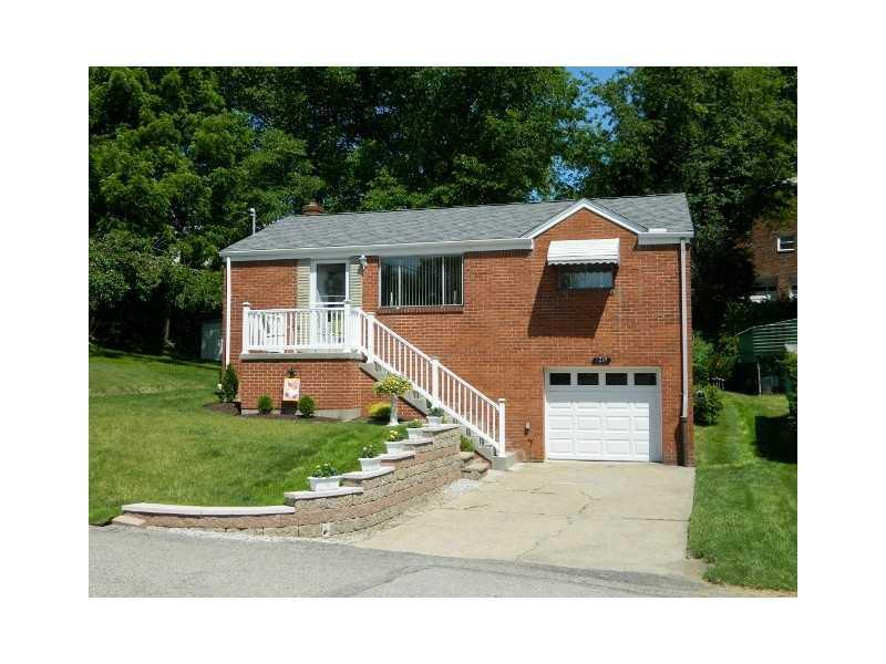 1216-Hollywood-Street-Crafton-Heights-PA-15205