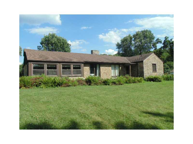 1382-Reissing-Road-Cecil-Township-PA-15057