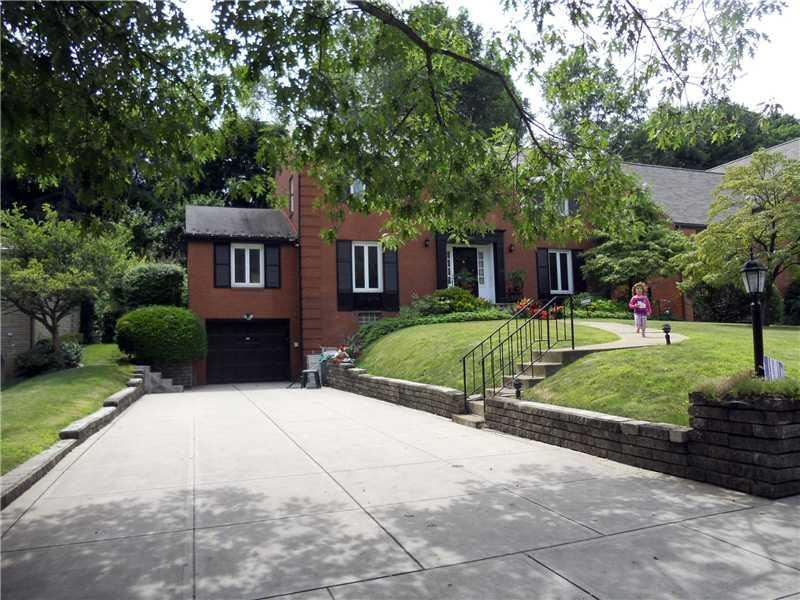 1047-Beechwood-Blvd-Squirrel-Hill-PA-15206