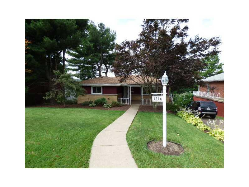 1316-Brierwood-Dr-West-Homestead-PA-15120