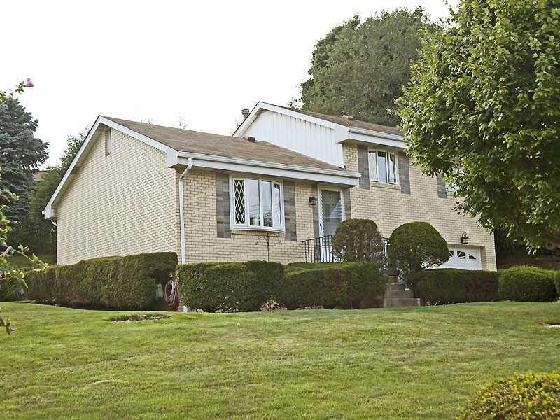 117-NORTH-VIREO-DRIVE-Kennedy-Township-PA-15136