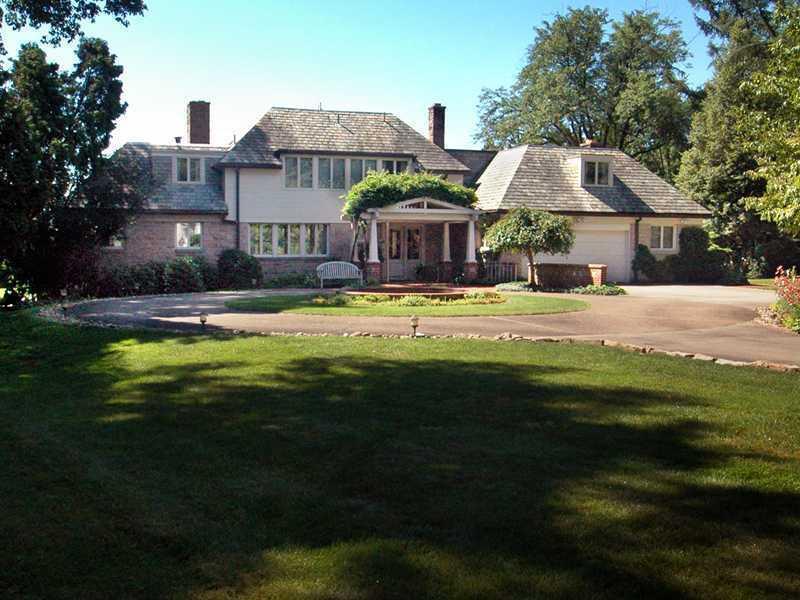 779-College-Avenue-Hempfield-Township-PA-15601