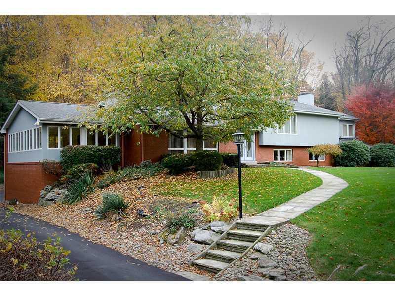 422-Greenwood-Dr-Hempfield-Township-PA-15601