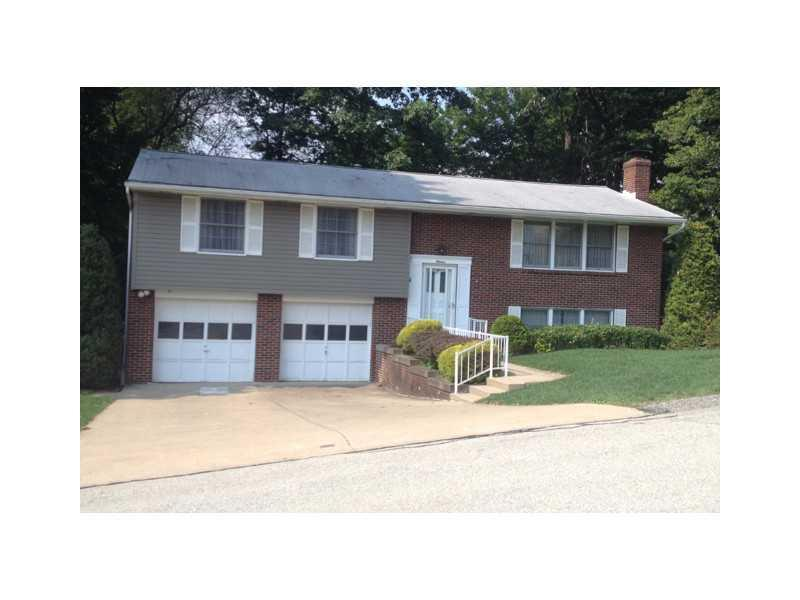 11-Greenview-Drive-Hempfield-Township-PA-15644