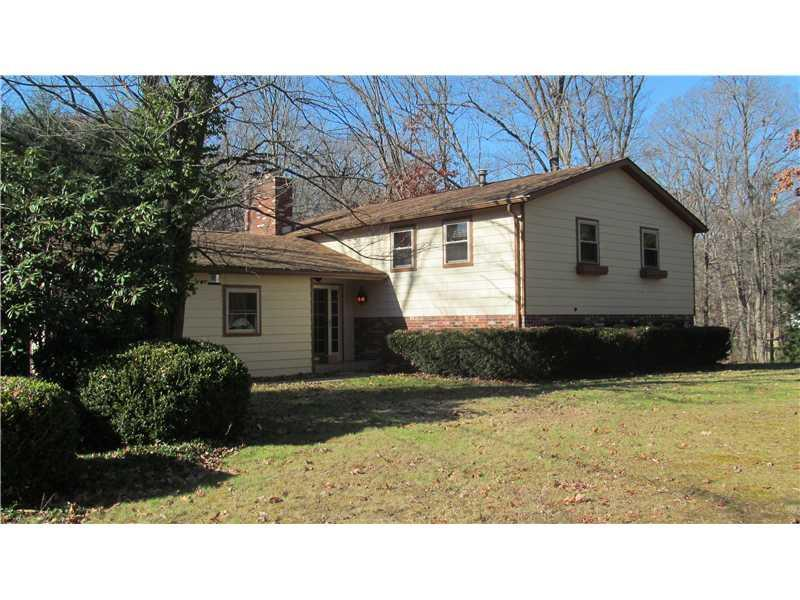 210-Summerfield-Drive-Economy-PA-15005