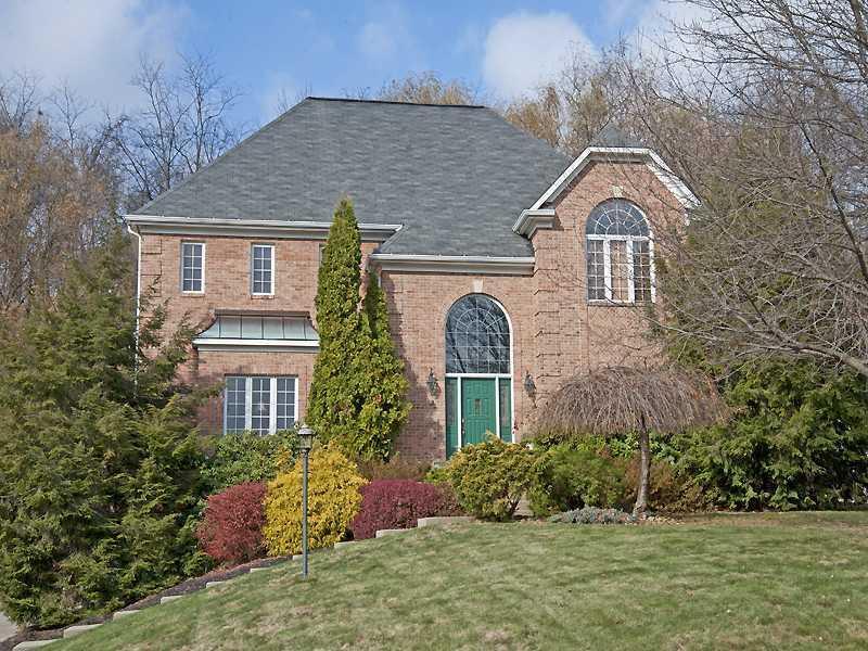 1607-Royal-Oak-Drive-Franklin-Park-PA-15143