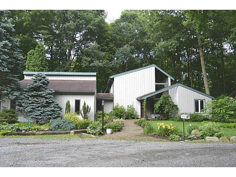524-Creekside-Lane-Mt-Pleasant-Township-PA-15666