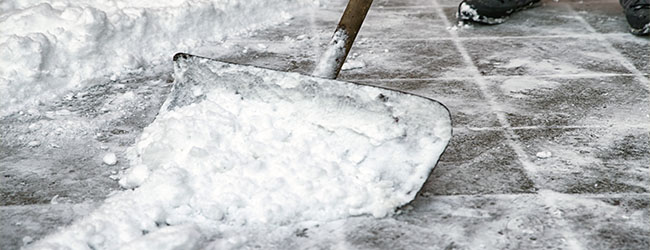 Three Eco-Friendly Ways to De-ice this Winter