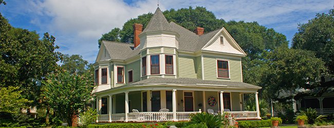 Make History Yours! What You Should Know About Buying Historic Property