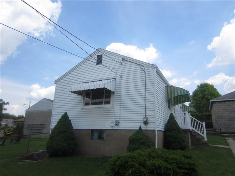 661 Dow Avenue (rear House)