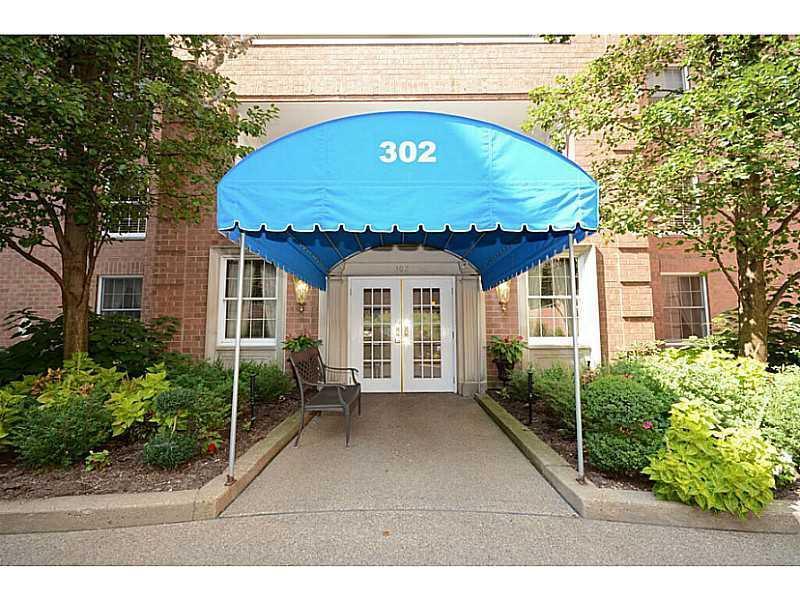 302 Fox Chapel Road, 202