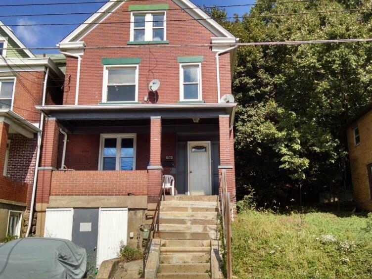 903 Oak Ave