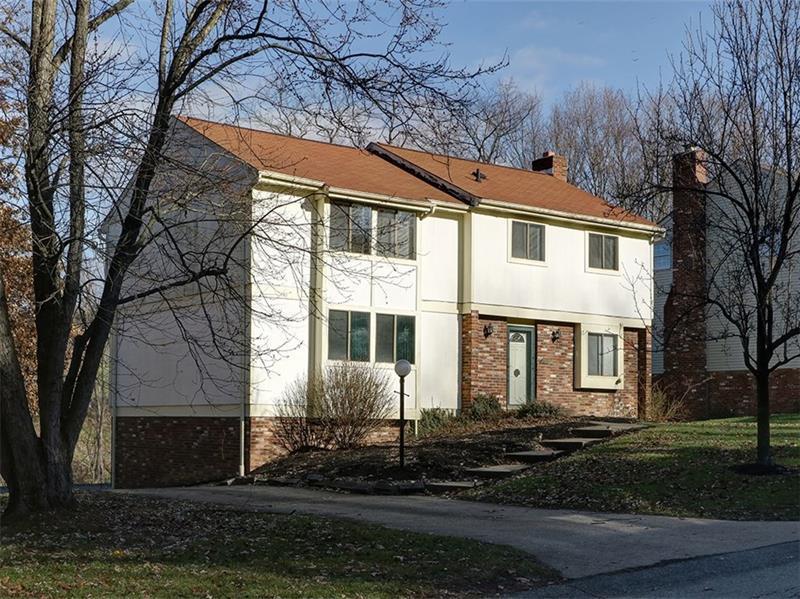 1320 Manor Drive