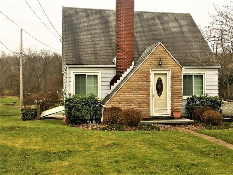 105 Van Kirk Road, Center Township
