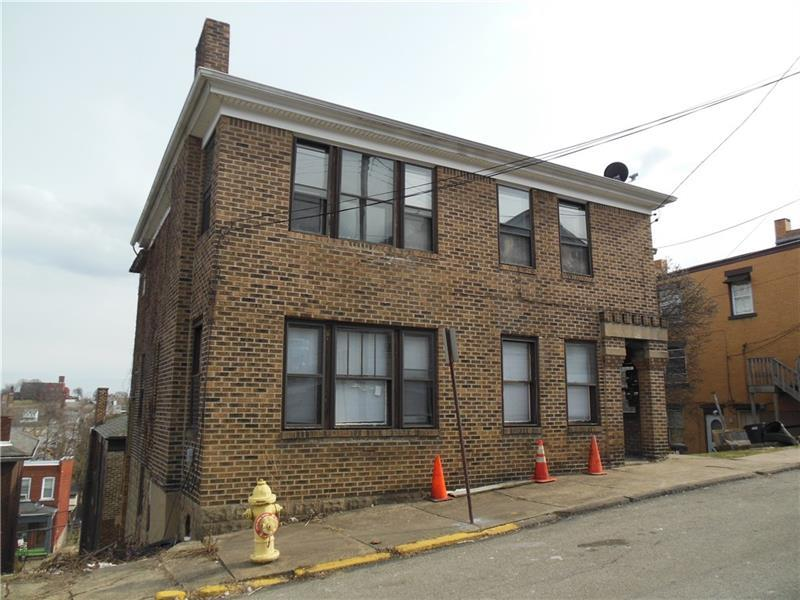 438 William Street