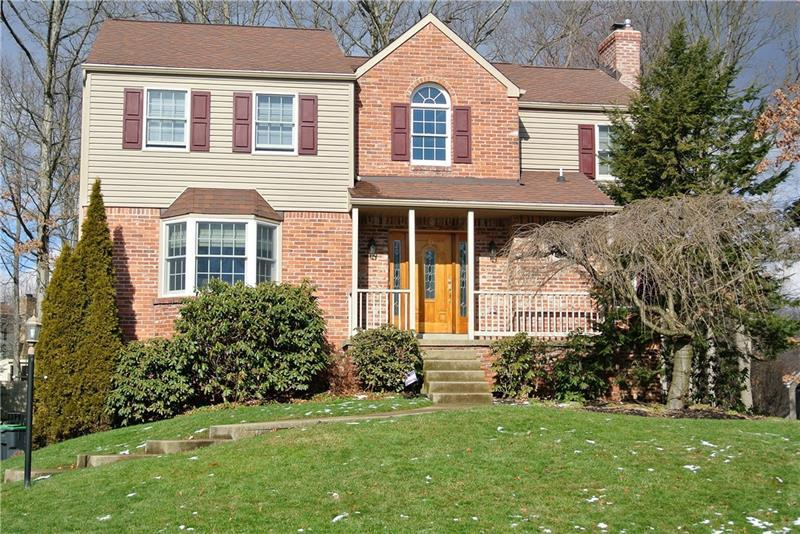 129 Crossing Ridge Trail, Cranberry Township