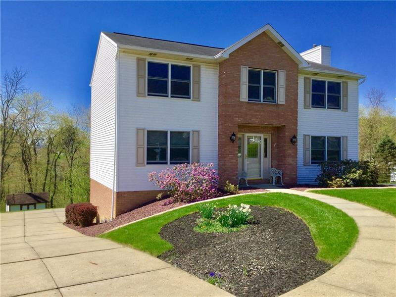 915  Lodgepole Drive, Findlay Township
