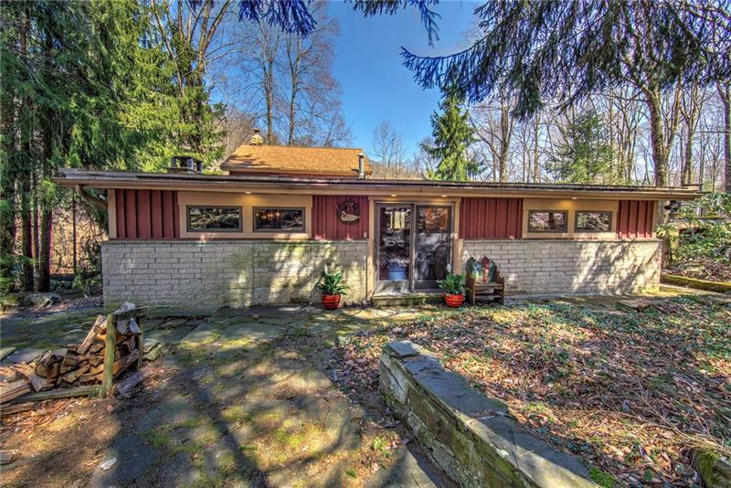 1291 Triple Creek Rd, Middlecreek Township