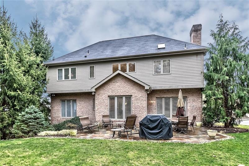 111 Radcliff Dr., Ross Township
