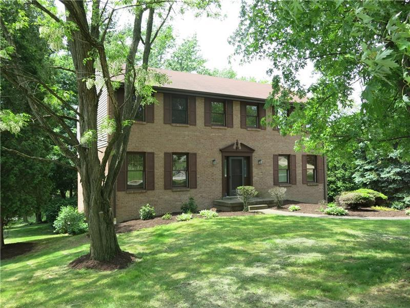 125 Meadow St, Peters Township
